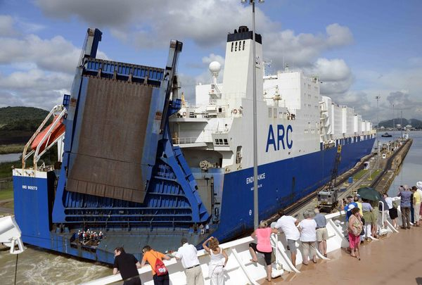 Car Carrier - Panama Canal